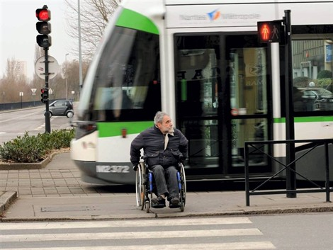 Le tramway nantais 100 % accessible