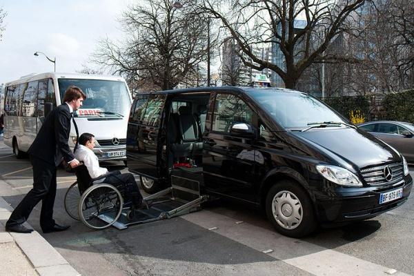 Des taxis parisiens r compens s pour leur accessibilit for Garage des taxis g7