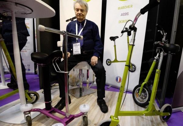 Une trottinette avec si ge pour favoriser l autonomie infos vivre fm la radio du handicap - Salon des inventions paris ...
