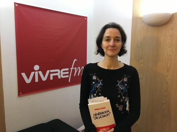 Barbara Lefebvre dans les studios de Vivre FM